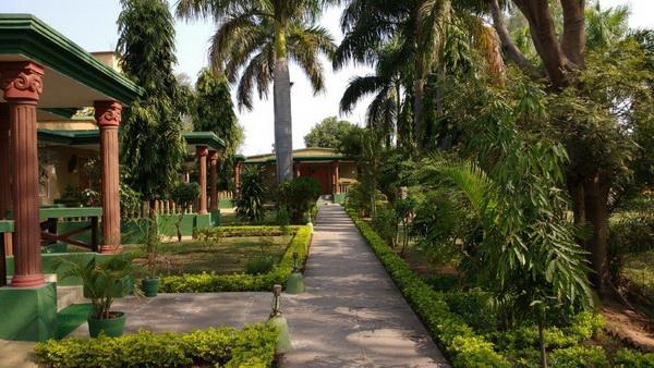 Bandhavgarh accomm 2